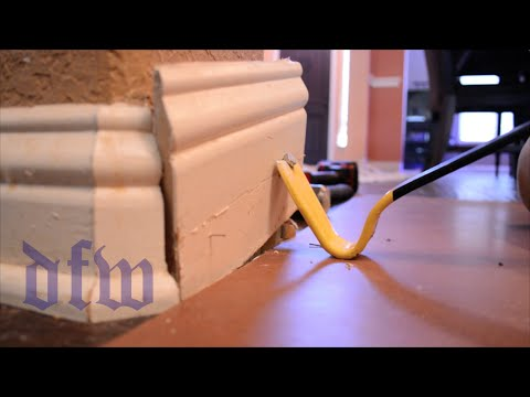 trick-to-remove-baseboard