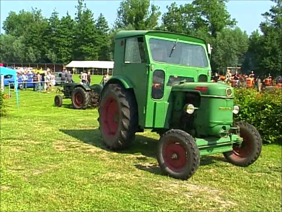 tracteurs anciens 2013 pernois france old farm tractors 2013 in pernois france youtube. Black Bedroom Furniture Sets. Home Design Ideas