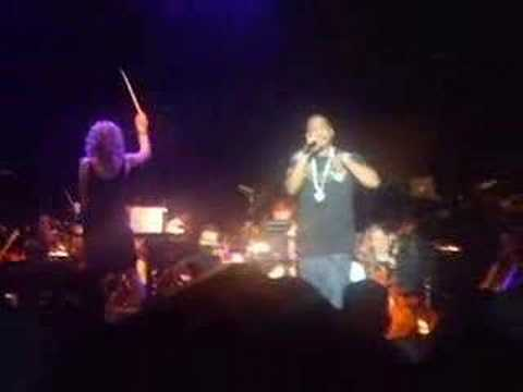 JAY-Z live PERFORMING D'EVILS RESONABLE DOUBT
