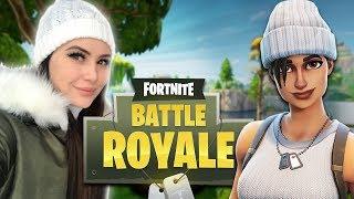 Girlfriend Plays Fortnite! (Fortnite Battle Royale)