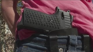 Entra en vigor ley que permite portar armas de manera visible en Texas thumbnail