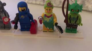 Lego movie 2 - 7 blind bags opened.  Mini figures including tin man from wizard of oz.