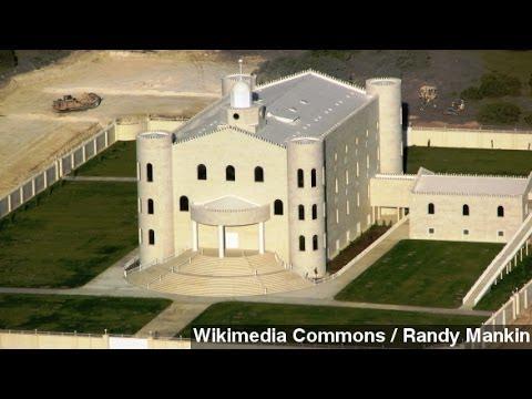 Texas Officials Seize Polygamist Warren Jeffs' YFZ Ranch