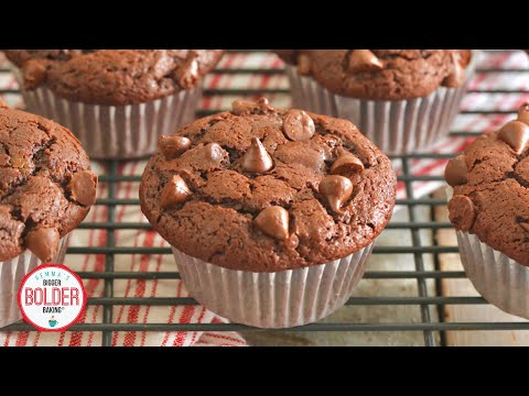 how-you-can-make-big-bakery-style-double-chocolate-chip-muffins