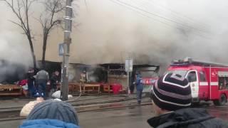 пожар Киев Метро Лесная, Горят склады