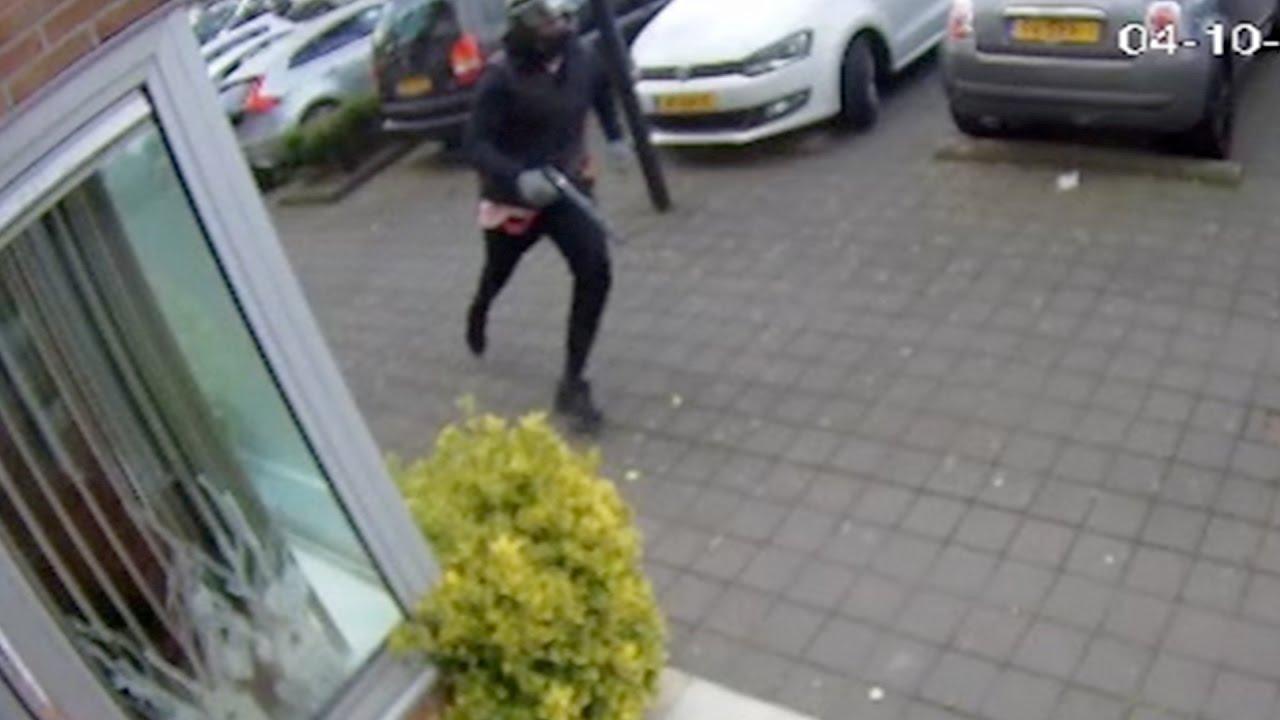 Amsterdam: Poging liquidatie aan het Iwan Kantemanplein