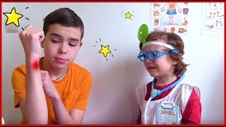 Gambar cover I'm your Friend a Doctor Video for kids by Makar