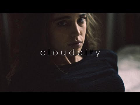 Devault - Stay ft. Njomza, Bipolar Sunshine Mp3