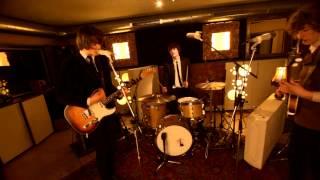 The Consolers - Memories (Live @ The Basementstudio)