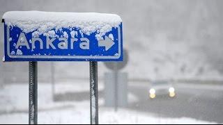 Ankaraya Kar Yağıyor