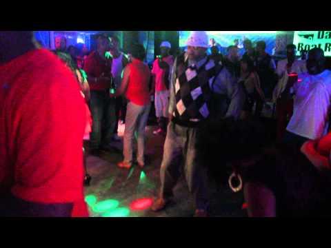 BOATRYDE ROCKY MOUNT OLDSKOOL 30 PLUS DANCING