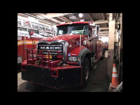 EXCLUSIVE PHOTOS OF THE BRAND NEW FDNY MACK HEAVY TOW WRECKER IN SERVICE NOW IN NEW YORK CITY.