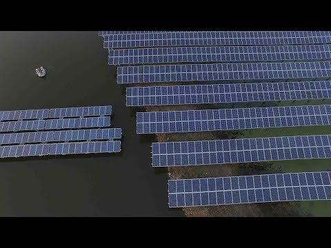 Floating solar power plant operates in Hangzhou