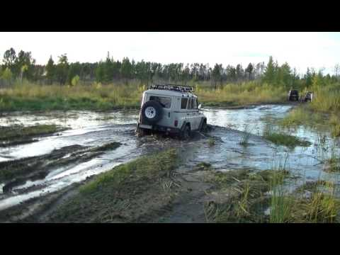 видео: УАЗ vs lexus lx470 vs land cruiser 200 vs hummer h3 vs hilux surf. Танковая дорога. Жесть!!!