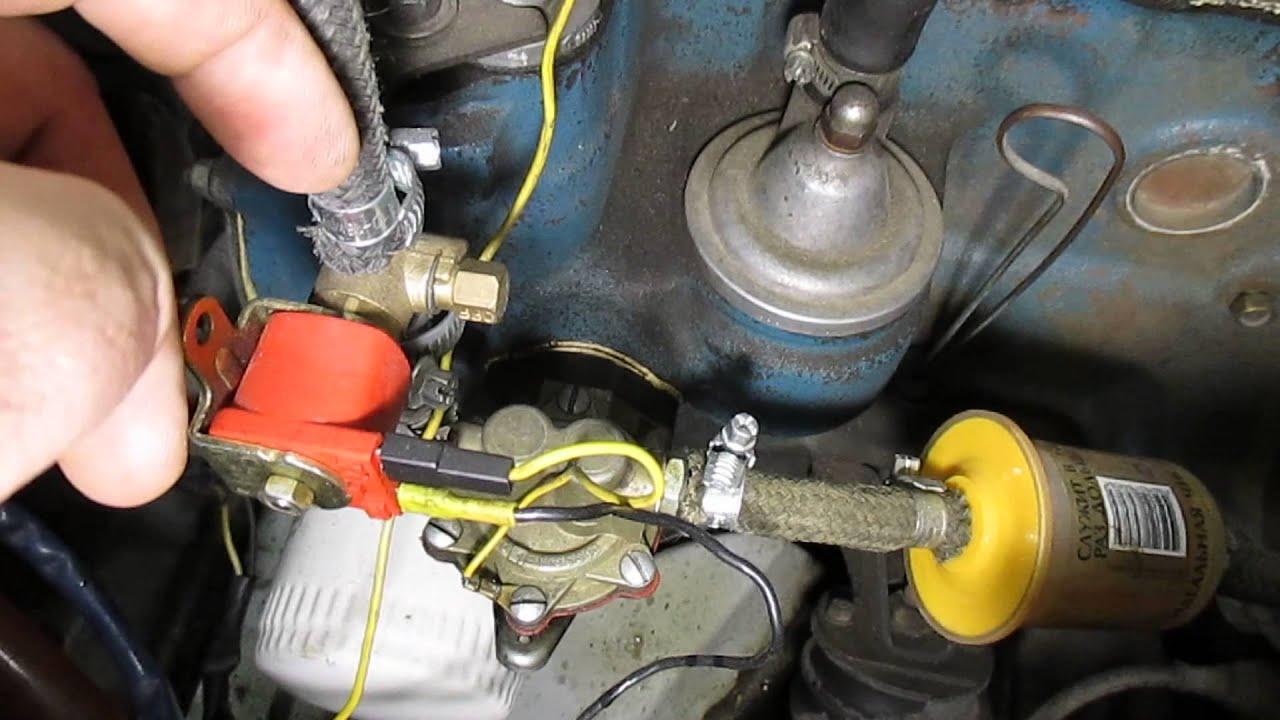 Следите за мыслью: трудности с пуском на бензине связаны с тем, что холодный бензин не испаряется, а то, что разбрызгалось диффузором, конденсируется на холодном коллекторе.