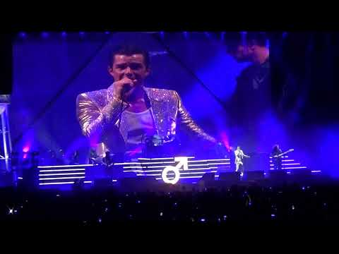 The Killers Live in Newcastle 2017 -  Encore + When You Were Young & Mr Brightside
