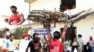 Indian Stuntman Has Balls Of Steel