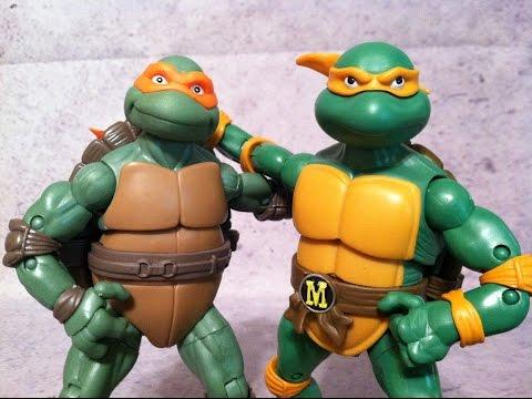 Michelangelo 1990 Movie Vs Cartoon Classics Tmnt Teenage