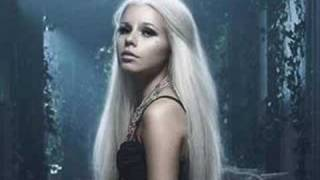 Watch Kerli Fragile video