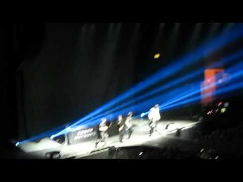 HomeTown - Hello (Adele Cover) Birmingham (25/03/16)