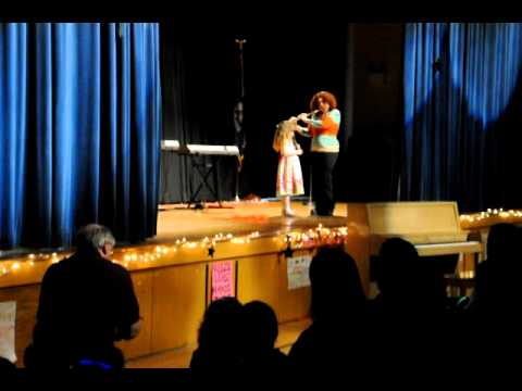 Shoshana Sings at Spring Glen School Talent Show