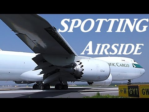 MOST AMAZING Airside Plane Spotting @ Milan Malpensa Airport (biggest aircrafts: A380, B747-8)