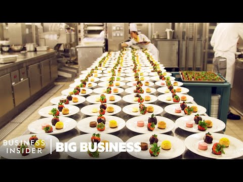 How The World's Largest Cruise Ship Makes 30,000 Meals Every Day