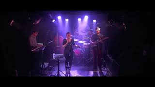 "YASMINE KYD ""William"" Live in Paris"