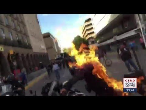 Prenden fuego a policía y patrulla en Guadalajara | Noticias con Ciro Gómez Leyva