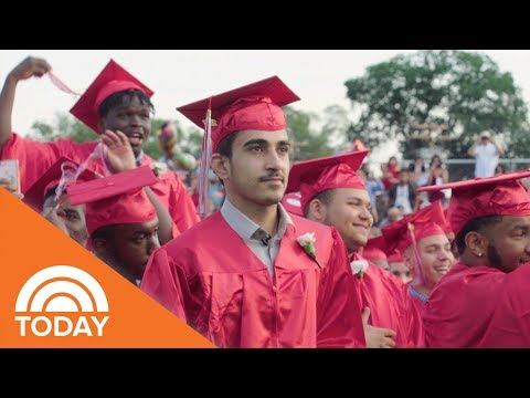 How Rasmi Moussa, A Teenage Syrian Refugee, Resettled In America After Escaping The War | TODAY