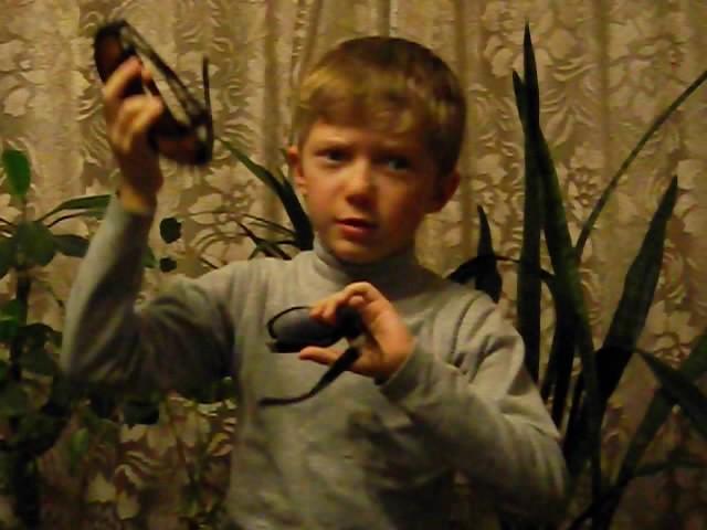 Изображение предпросмотра прочтения – ИльяЦыбин читает произведение «Мартышка и очки» И.А.Крылова