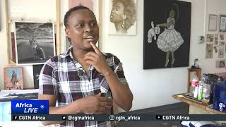 الفنان الجنوب أفريقي يخلق أكبر من أي وقت مضى القهوة الفسيفساء