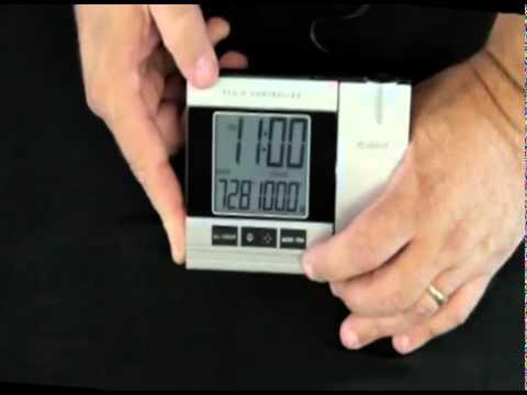 Wt 5220u It Projection Alarm Clock With