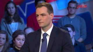 Mook: Clinton made her own decision to concede