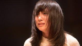 初主演の舞台を一か月後に控える若手女優の悠木奈央(高橋朱里)は、あ...