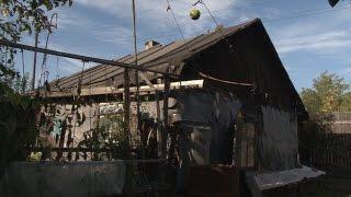 Поселок-призрак. Как живет поселок, которого давно нет на карте(Корреспондент АиФ.ru нашла поселок, которого давно нет ни на одной карте. Сюда не едут такси: ни один навигато..., 2015-09-10T15:22:44.000Z)