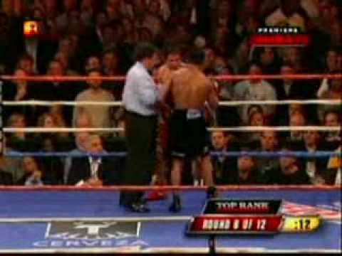 Shane Mosley Vs Antonio Margarito (Murderous last two rounds)