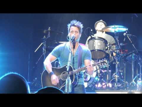 Parmalee - Close Your Eyes (LIVE in Fort Wayne, Indiana 5/1/14)