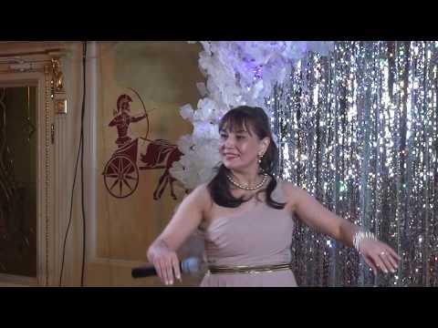 Светлана Федорова  -  «Гадание на ромашке»