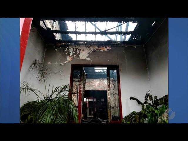 JMD (05/03/19) - Casa pega fogo em Campinas