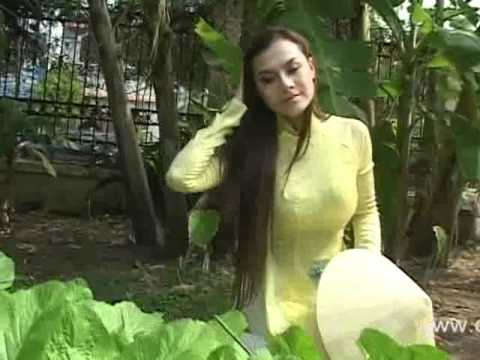 Hoa Hau Dien Anh Kieu Chinh - Duyen Dang Ao Dai Viet Nam