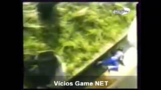 Menino cai dentro do recinto dos Gorilas  COMPLETO