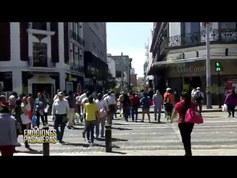 la Banda MS Sorprende a la gente en plaza universidad guadalajara