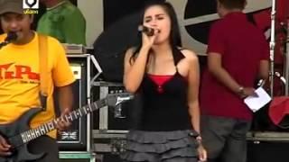 Download lagu Dangdut Hot Febi Mamamia Mendamba