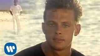 Luis Miguel - Tengo Todo Excepto A Ti (Official Music Video)