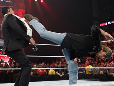 Raw: Shawn Michaels returns to Raw