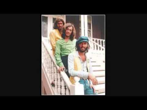 The Bee Gees - Edge On the Universe ( Life ) mp3