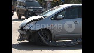 Байкер пострадал во время столкновения с «Приусом» в Хабаровске.