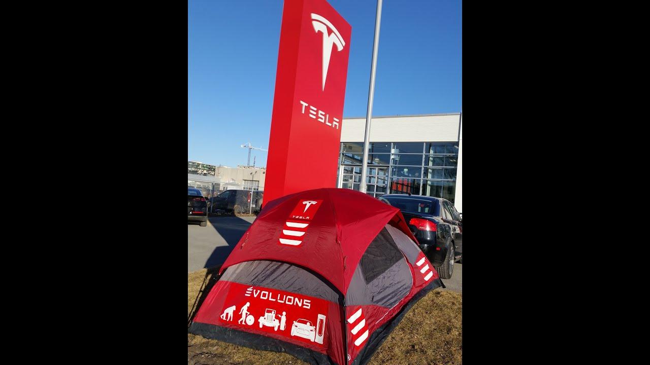 Tesla Model3 Pre-Order Line-Ups - YouTube