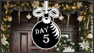 Front Porch Garland -  My Christmas My Style 2018 Collaboration | Winter Wonderland Day 5